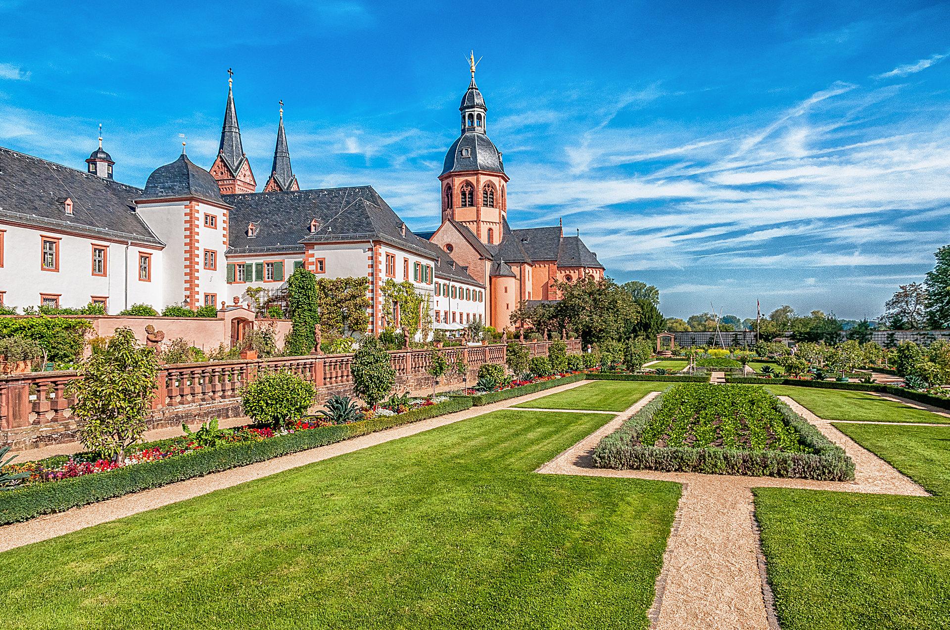 Kräutergarten und Klostergarten in Seligenstadt ...